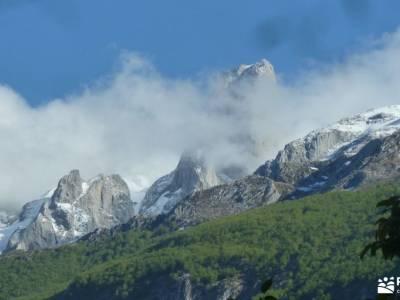 Ruta Cares-Picos de Europa; lagos andorra refugio de respomuso parque nacional de guadarrama rutas c